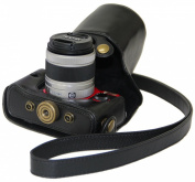 """MegaGear """"Ever Ready"""" Black Leather Camera Case for New Pentax Q 02 and Pentax Q10 Cameras with 5 mm - 15 mm Lens"""