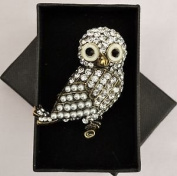 Antique Style Diamante/ Pearl/ Owl Brooch Gold Effect