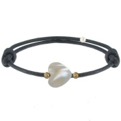 Les Poulettes Jewels - Bracelet Sweet Heart - Mother of Pearl and Gold Plated Pearls on Waxed Cord - Blue Navy Colour