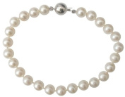 Classic Cultured Freshwater White 6-7mm Pearl bracelet with a pretty round 14ct white gold clasp, presented in an attractive satin silk pouch with a gift card