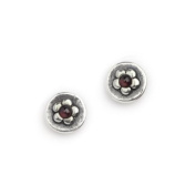 Round studs with daisy and little garnet stones