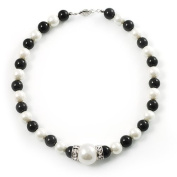 Black & White Imitation Pearl Necklace