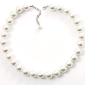 Versatile Imitation Pearl Necklace