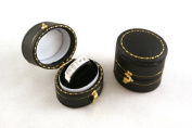 1 x Luxury Victorian Antique Style Oval Ring Box