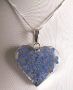 Stunning 925 silver surround pendant and chain - heart shaped with forget me not flowers - design 13267
