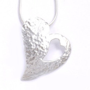 Celtic silver hammered heart Pendant & chain SP503