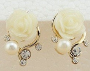 18k Gold Plated Cute Sweet Rose Shaped Artificial Pearl and Diamond Stud Earrings-white