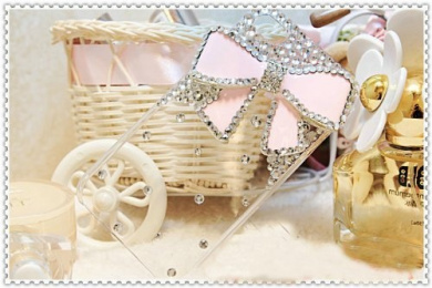 MinisDesign 3d Bling Crystal Bow Transparent Case for Apple Iphone 4 and 4s-Pink