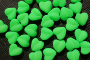 25 pcs Czech Glass Beads ESTRELA NEON (UV Active) Heart 8 mm Green