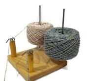 Nancy's Knit Knacks Yarn Pet Duo for Knitters and Crocheters