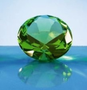 Beautiful Gaint Birthstones Paperweight Glass Diamond 7.6cm Crystal, Green