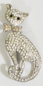 "Crystal Brooch Lapel Pin ""Dressed up Cat"""
