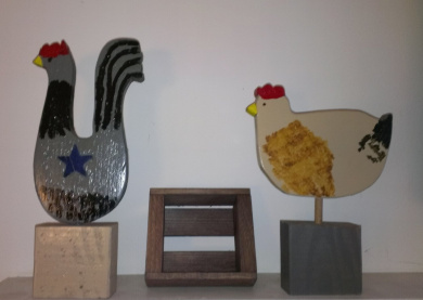 Cincinnati Chickens with Egg Crate