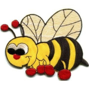 Honeybee Honey Bee Insect Fun Retro Sew Sewing Applique Iron-on Patch