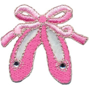 Wrights Iron-On Appliques-Pink Ballet Slippers 3.8cm x 3.8cm 1/Pkg