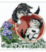 Janlynn Playful Kittens Embroidery Kit
