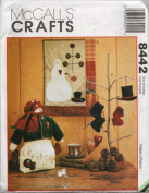 McCall's Crafts Pattern 8442 - Snowman, Quilt and Ornaments