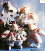 OOP McCall's Crafts Pattern 4788. Cuddly & Stuffed FAT CATS, Complete with Clothes. Designs by Faye Wine