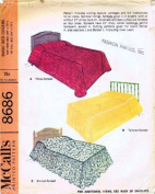McCall's 8686 Vintage Sewing Pattern Twin or Full Size Basic Bed Covers