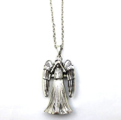 Fashion Who Weeping Angel Pendant Necklace