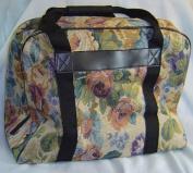 Hemline Sewing Machine Case in Cream Floral