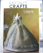 McCall's Sewing Pattern M4740 Alicyn Wright 29cm Doll Bridal Gown
