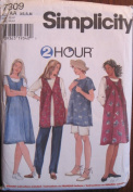 SIMPLICITY PATTERN 7309 MISSES' MATERNITY TUNIC, JUMPER, VEST, PANTS AND SHORTS SIZE AA XS, S, M
