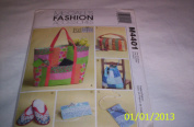 MCCALLS PATTERN M4401 FAT QUARTERS- BAGS AND TRAVEL ACCESSARIES