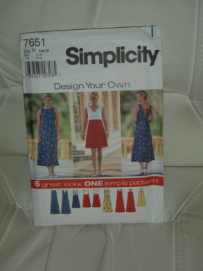 """Simplicity Sewing Pattern #7651 - """"Design Your Own """": Misses' Dress (Size 6,8,10)"""