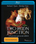 Two Moon Junction [Regions 1,4] [Blu-ray]