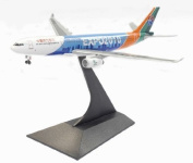 Dragon Models China Eastern Airlines A330-300 B-15490cm Expo 5110cm Diecast Aircraft, Scale 1:400