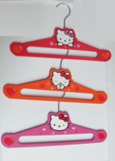Hello Kitty 3-pack Wooden Hangers - Hearts