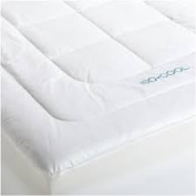 ISO Cool Memory Foam Mattress Pad with Outlast Cover, Queen