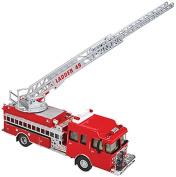 Walthers SceneMaster Heavy-Duty Ladder Truck