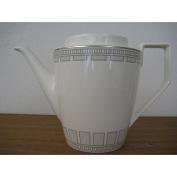 Villeroy & Boch 1.20 Litre Premium Bone Porcelain La Classica Contura Coffeepot for 6 Persons, White