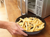 MICROWAVE CHIP & OMELETTE BACON PAN - Kitchen Cook Food 10 Inch