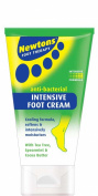 Newtons Foot Scrub and Foot Cream with Chiropody Sponge Free