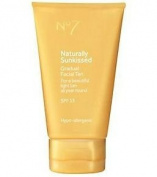 No7 Boots Naturally Sun Kissed Gradual Face Tan SP15 50ml