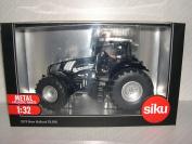 Siku New Holland T8.390 BLACK LINE Tractor