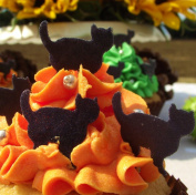 Halloween Cake Decorations - Edible Wafer Stand Up Cats - Cat Cake Toppers - Black or Mixed Set