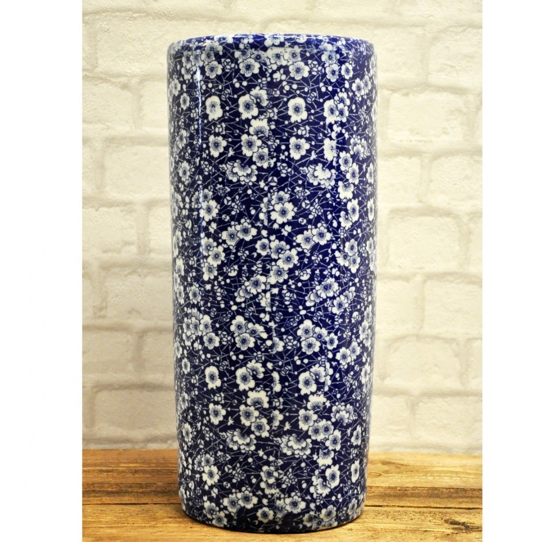 0b6a7f8710f2 Blue & White Traditional Style Ceramic Umbrella Stand