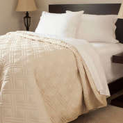 Somerset Home Solid Colour Bed Quilt