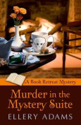 Murder in the Mystery Suite  [Large Print]