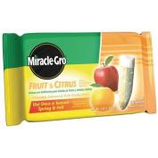 Miracle-Gro Fruit & Citrus Fertiliser Spikes, 1.4kg, 12 Spikes per Pack