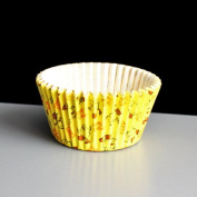 """Yellow High Quality Muffin Cupcake Cases with """"Happy Easter"""" Design On"""
