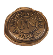Wizarding World of Harry Potter : Ministry of Magic Metal Trading Pin