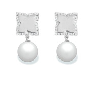 9 mm Freshwater Cultured Pearl and 0.384 carat total weight diamond accent Earring in 14KT White Gold