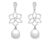 9 mm South Sea Cultured Pearl and 0.604 carat total weight diamond accent Earring in 14KT White Gold