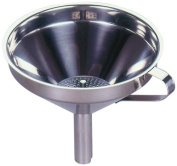 G S D Haushaltsgeräte 31 040 Funnel Stainless Steel with Sieve