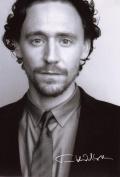 Tom Hiddleston Signed Autographed 21cm x 29.7cm A4 Photo Poster